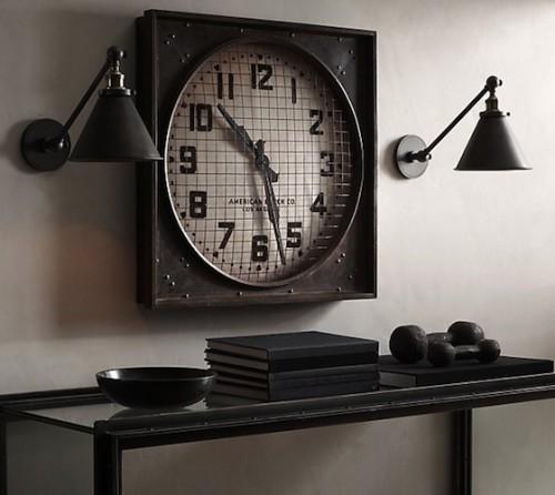1940s-Gymnasium-Clock