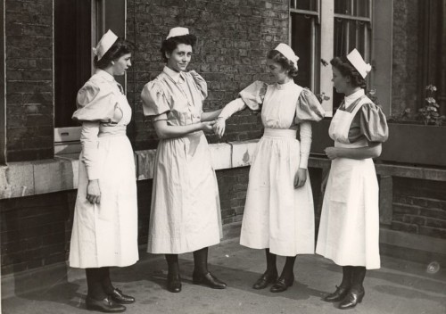 1940s nurse uniform