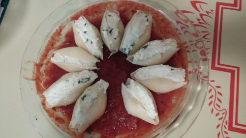 Italian cheese stuffed shells