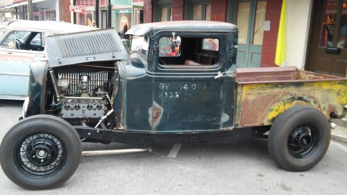 1930s 1940s Hot Rods and Hatters jalopy