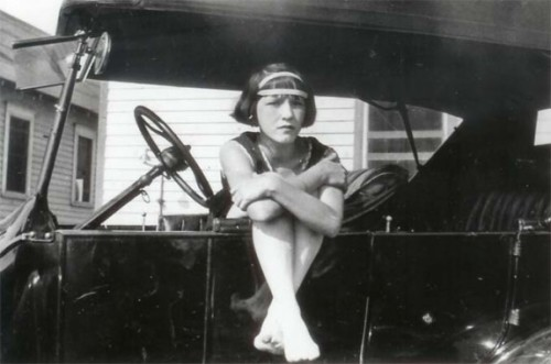 delphineatger-cars-1920s-indiana-belle
