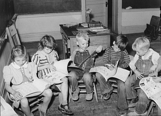 children reading 1940s
