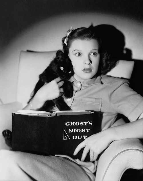 judy garland ghost story book