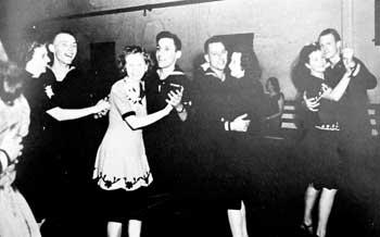 sailors swing dancers jitterbugs