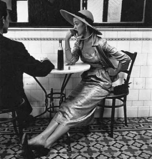 vintage chic cafe